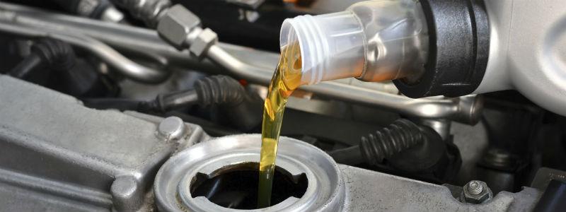 Sidste nye Hvornår skal din bil have skiftet olie? Se, hvordan du laver et JB-68